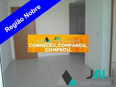 Venda De Apartamento Em Petrópolis, Com 2 Quartos, Sendo Um Suíte - Residencial Ville De France - Ap00130 - 32109650