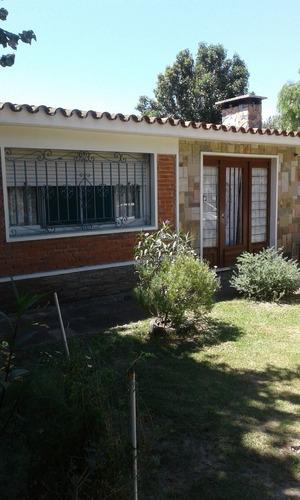 Suc. Salinas - Venta Casa 2 Dormitorios