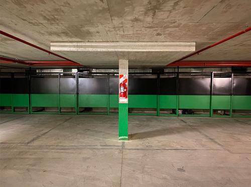 Imagen 1 de 6 de Venta De Cochera Con Baulera En 2º Ss En Edificio A Estrenar