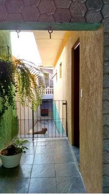 Casa Para Venda Em Carapicuíba, Maria Helena, 3 Dormitórios, 1 Suíte, 3 Banheiros, 2 Vagas - 2744