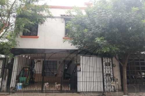 Casas En Venta En Prados De Santo Domingo Sector , San Nicolás De Los Garza