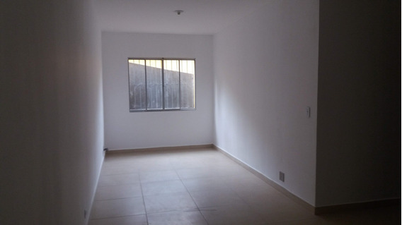 Apartamento . 70m² . 2 Quartos . 1 Vaga