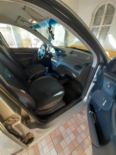 Imagem 1 de 15 de Ford Focus 2008 1.6 Glx Flex 5p