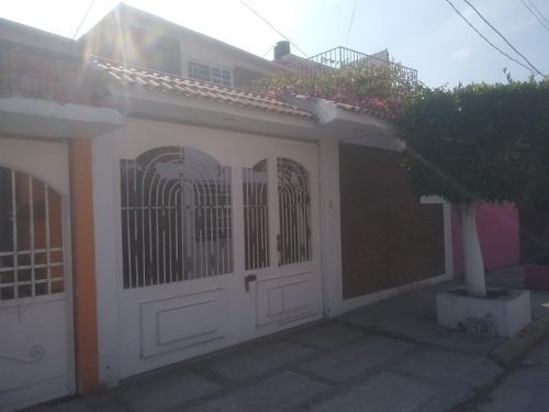 Acogedora Casa En Valle De Aragón