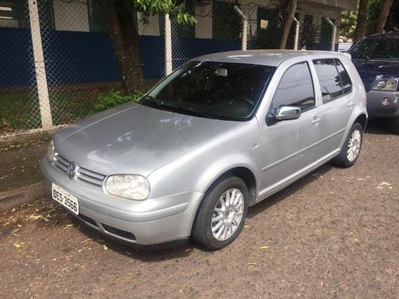 Volkswagen Golf 2.0 Prata 2002