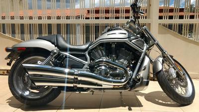 Harley-davidson Vrsc V-rod Belissima Com 2 Capacetes!