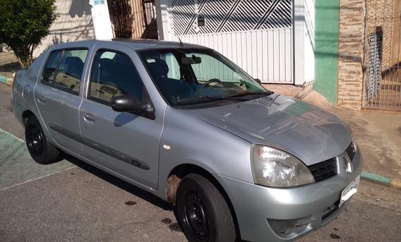 Renoult Clio Sedan Autentique 1.0 16v 2006