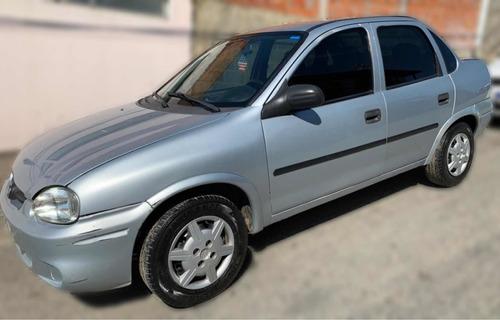 Imagem 1 de 4 de Chevrolet Classic 1.0 Flex