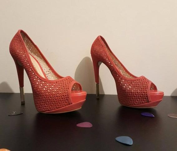 Sapato Peep Toe Camurça Vermelho C Detalhe Dourado Bottero