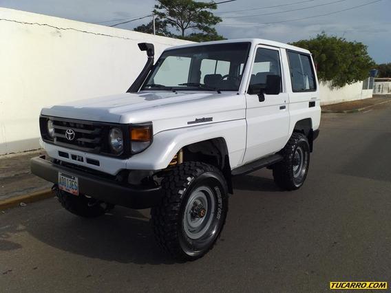 Toyota Macho 4x4