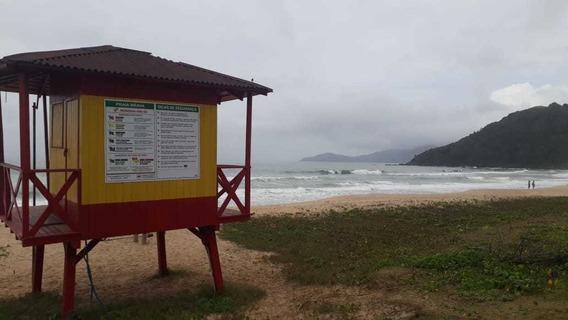 Excelente Casa Para Raveillon Em Itajai-sc (praia Brava)