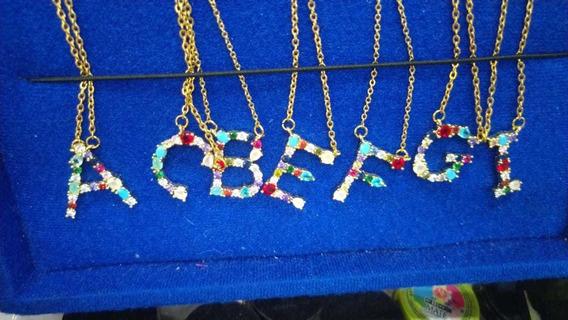 Collar Dije Inicial Letra Arcoiris Zirconias Colores Todas