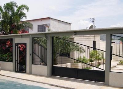 Ltr Vende Grandiosa Casa En San Joaquin Mls #17-9182
