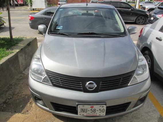 Nissan Tiida Custom 2013 Aut 4 Cilindros Gris