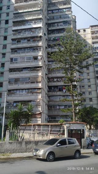 Caracas Apto, Casalta 3