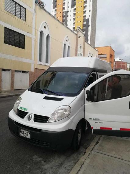Renault Trafic Buseta