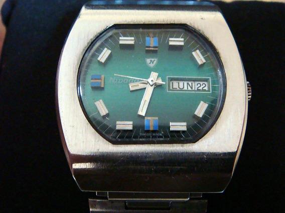 Fino Reloj Nivada Automatic. Colección 70s. Swiss Made.
