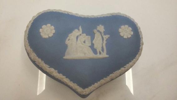 Porta Joia Porcelana Wedgwood Coração 13 X 9,5 Cm