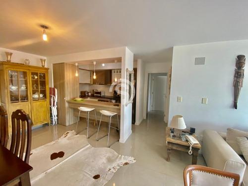 Apartamento En Alquiler - Brava- Ref: 3902