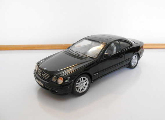 1:24 Mercedes-benz Cl 600 V12 (2001) Welly Escala Usado