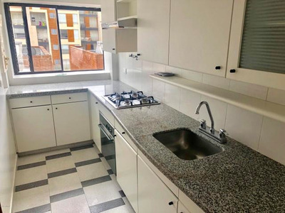 Apartamento En Arriendo Chico Navarra Mls18-422 Rb