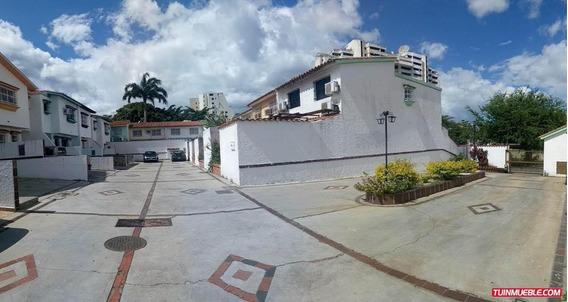 Casas En Venta Valles De Camoruco Cod.19-15207 Cv
