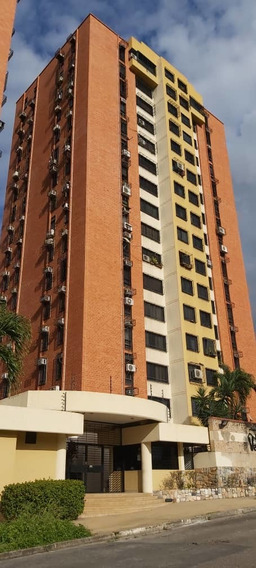 Yosmar Muñoz Apartamento En Res Valle Alto Mañongo Lema-571