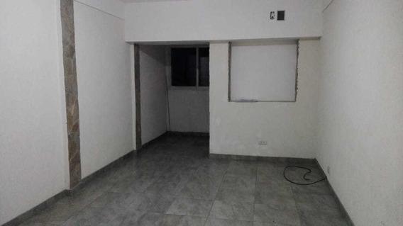 Venta De Departamento En Barrio Maritimo