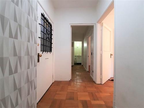 Imagen 1 de 18 de Oficina En Venta De 2 Privados En Santiago