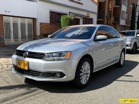 Volkswagen Nuevo Jetta Trendline Aut Tc