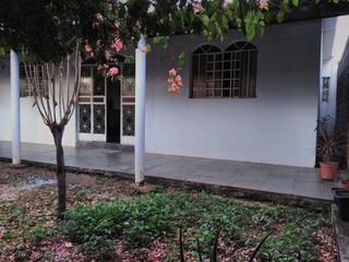 Casa Com 2 Quartos Para Comprar No Interlagos Em Divinópolis/mg - 4759