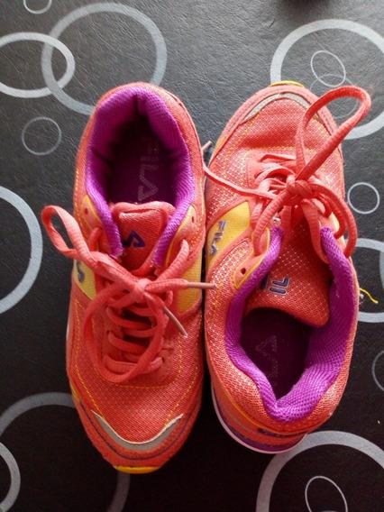 Zapatillas Fila De Nena. Precio Por Las 2