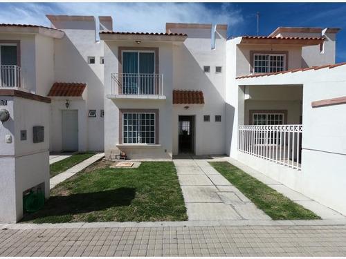 Casa Sola En Renta San Gerardo