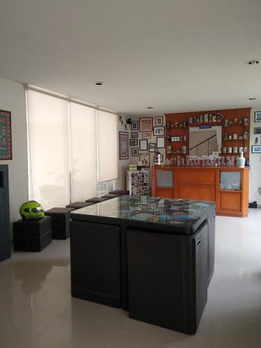 Imagen 1 de 20 de Amplia Casa En Venta En Echegaray