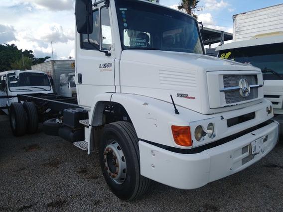 Mb 1318/10 Branco Toco No Chassis