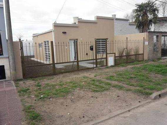 Casa Ciudad 9 De Julio. Bs As 2 Ambientes