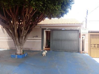 Casa Com Piscina, 4 Quartos 3 Banheiros, Garagem Etc...