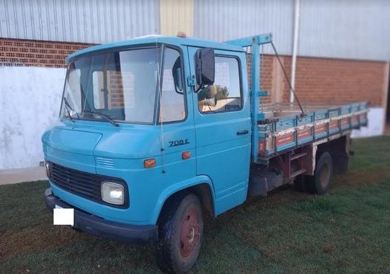 Caminhão Carroceria Mercedes 708 E Ano 1988