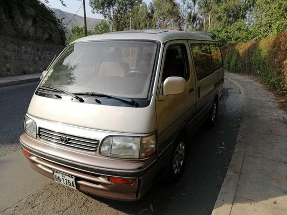 Combi Toyota Hiace Super Custom 1998 (en Buen Estado)