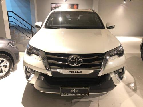Imagem 1 de 9 de Toyota Hilux Sw4 2.8 Srx Diamond 4x4 7 Lugares 16v Turbo