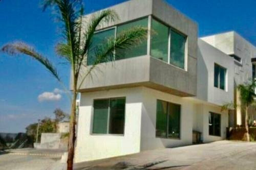 Casa En Renta En Coto Zona Virreyes, Zapopan