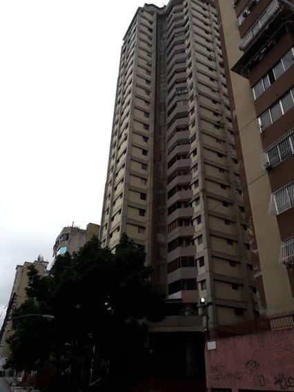 Apartamentos En Venta - La Candelaria - 20-3268