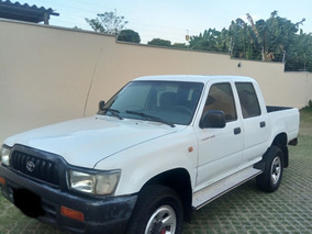Toyota Hilux 2003 4x4 Diesel