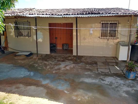 Vende-se Terreno No Jordão Baixo Que Contém 3 Casas.