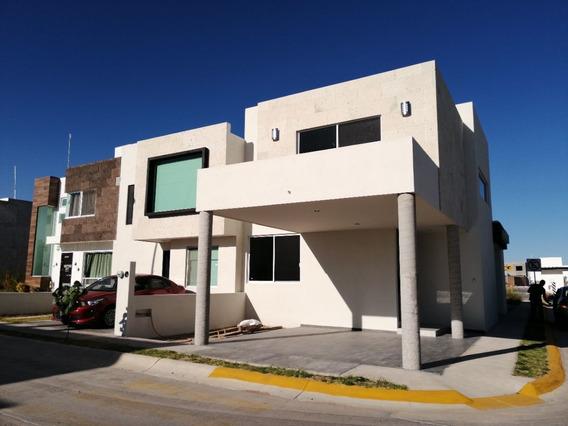 Renta Casa Nueva Poniente