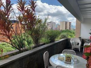 Apartamento En Venta, Cogido 20-4834, Valles De Camoruco Mpg