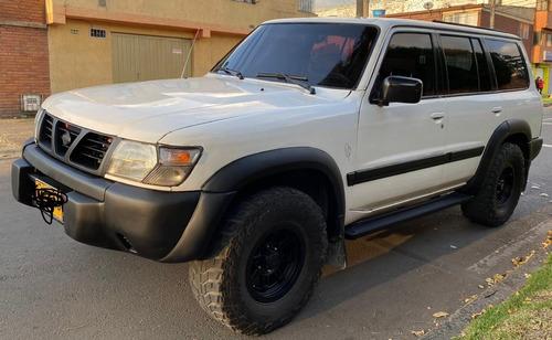 Nissan Patrol Y61 4x4 Mt 4.5