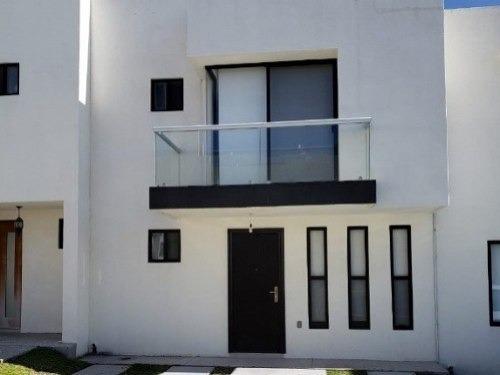 Zibata, Casa En Renta, Qro