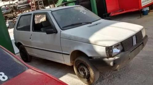 Sucata Fiat Uno 99 (p/ Retirada De Peças).