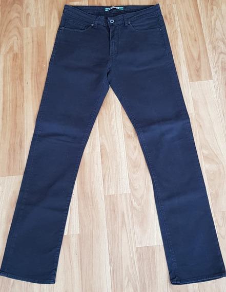 Jean Lacoste Talle 31, Color Negro, Usado En Buen Estado